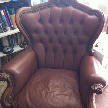 3 seater lounge and two armchairs - Furniture