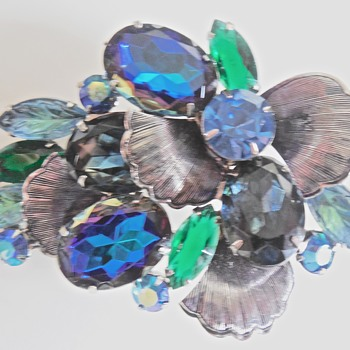 Magnificent Juliana Brooch and earring set