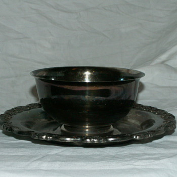 Vintage Oneida U.S.A. Silver Plate Small Compote Serving Dish - Kitchen