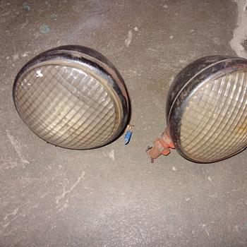 1941 alis chalmers b tractor lights
