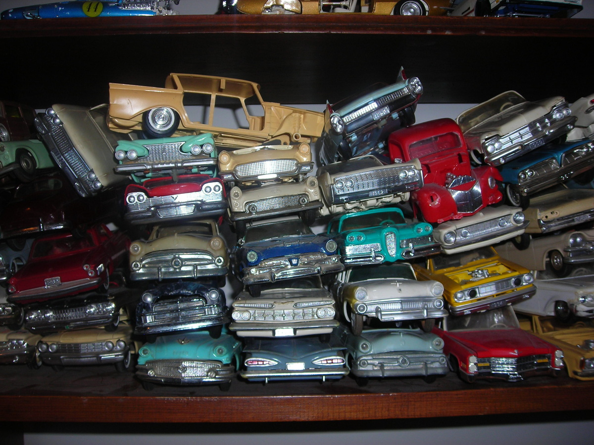 This is my promo/model car junkyard. Love Junkyards, and models so ...