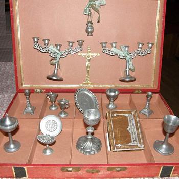 Pewter Victorian Toy ,Service pour dire la messe - Dolls