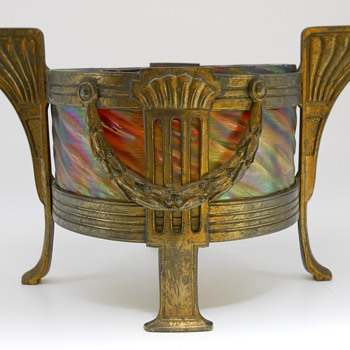 "Art Deco""Rindskopf "" Pepita, Brass Mount Center piece, Circa 1900 - Art Glass"