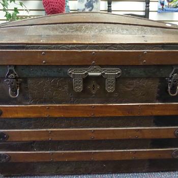 unknown treasure? - Furniture