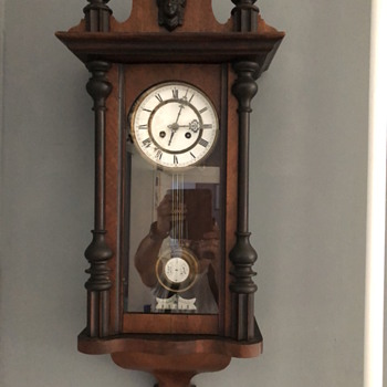 Wall clock with Korean pendulum clock off chime count - Clocks