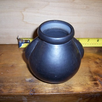 Small Lama-Oaxaca-Mexico pot - Pottery