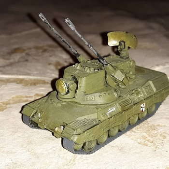 More Minitanks West German Armor Flakpanzer Gepard and Spanpanzer Luchs - Military and Wartime