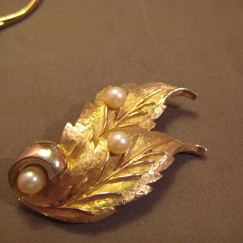 Vintage CHAREL Gold Tone Leaf Pin w Pearl faux - Costume Jewelry