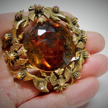 "Vintage, Renaissance styles ""FLORENZA"" Brooch\Pendant - Costume Jewelry"
