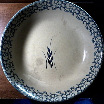 "Robinson Ransbottom Blue Spongeware & Wheat Pattern 13-1/2"" Pasta Bowl / Circa 1930-40 - Kitchen"