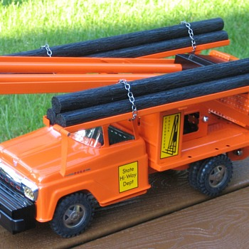 Custom Tonka Pile Driver Truck - Model Cars