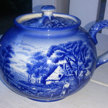 My 1920s english teapot from Arthur Wood & son - China and Dinnerware