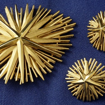 Trifari Starburst Brooch Set - Star Rays Collection - Costume Jewelry