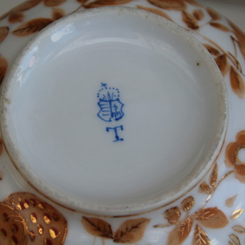 identify porcelain hand painted mark? Herend ..Hungarian ? - China and Dinnerware