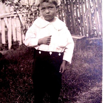 NOT ME!  I PROMISE.  I DIDN'T DO IT! ! ( c.1910) - Photographs