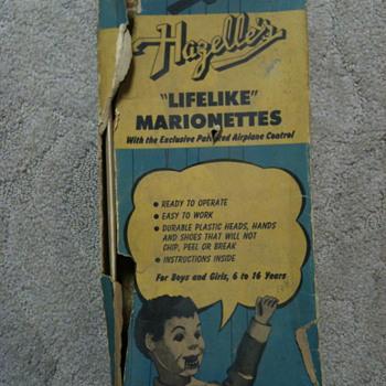 "Hazelles ""Life Like"" Marionettes - Dolls"