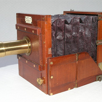 J.Robinson and Sons quarter plate tailboard camera, 1880.