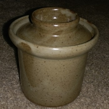 French stoneware pot (POTERIE D'ART)