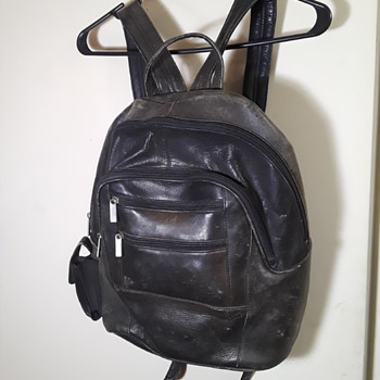 oops...more WILSON'S leather... - Bags