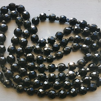 Antique Faceted Black Beaded Stone Necklace Black Spinel?Black Jet? - Fine Jewelry