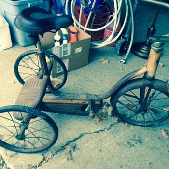 Mom's old Bike - Sporting Goods