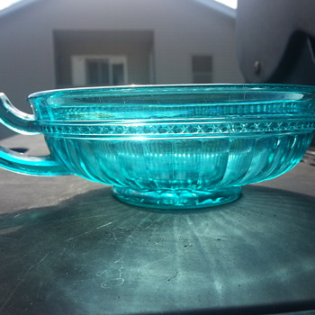 undepressing depression glass - Glassware