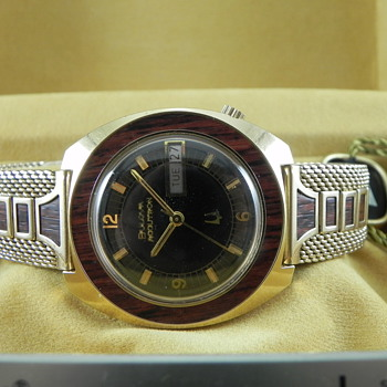 "1974 Bulova Accutron 218 Day & Date A.K.A ""Woody"" - Wristwatches"