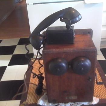 Northern Electric Telephone - Telephones