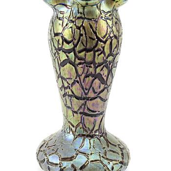 Rindskopf Red Crackle Vase. - Art Glass