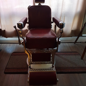 Takara Belmont Barber Chair - Furniture