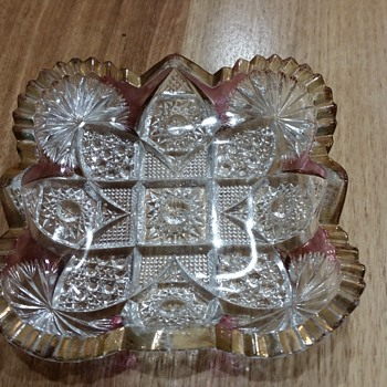 Pretty glass dish - Glassware