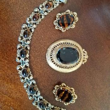 Tortoise Shell Jewelry Set - Bracelet, Earrings and Brooch by Florenza