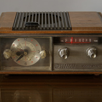 General Electric Solid State Radio....