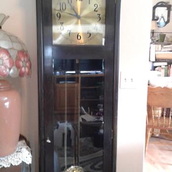 My Colonial Manufacturing GF Clock w/WLM Gilbert movement - Clocks
