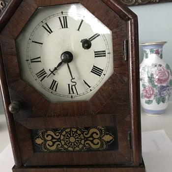 Seth Thomas Plymouth Hollo  - Clocks