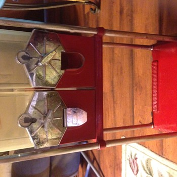 Vintage/Antique Mark I S stand with Beaver vending machines - Coin Operated
