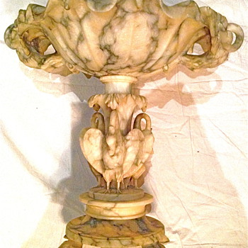 Italian Alabaster Compote with Swans - Art Nouveau