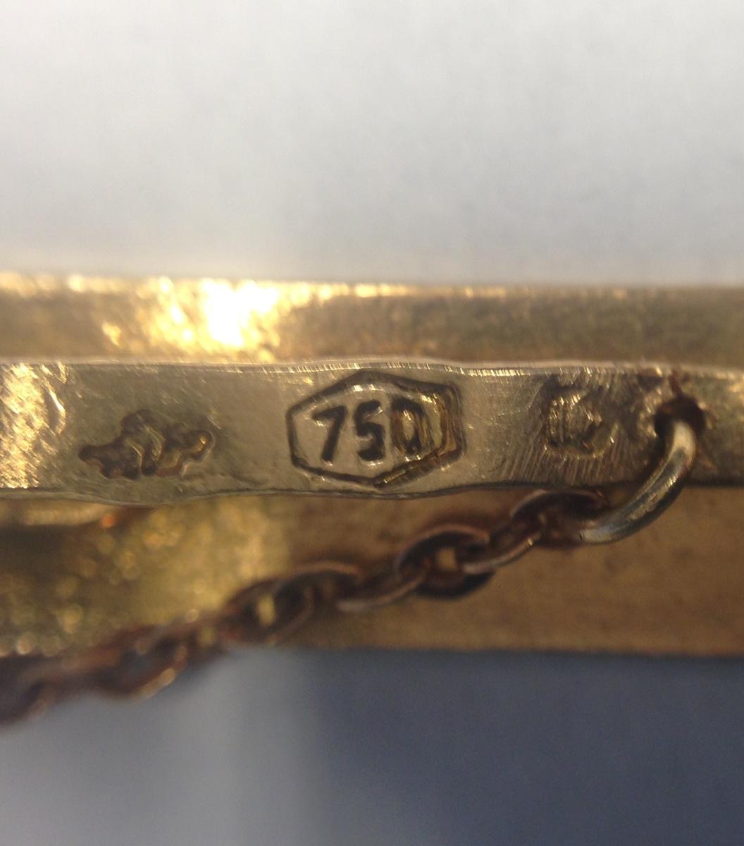Help ID 750 gold hallmark | Collectors Weekly