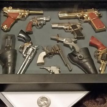 tiny toy guns - Toys