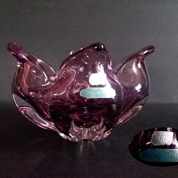 Hineri Iwatsu amethyst lotus bowl/ashtray - Art Glass