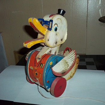 FISHER PRICE PULL DUCK TOY - Toys