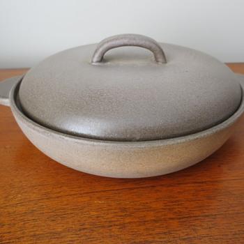 Dish with lid made in Switzerland - China and Dinnerware