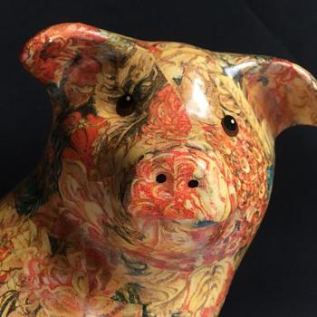 Vintage/antique ceramic pig - Pottery