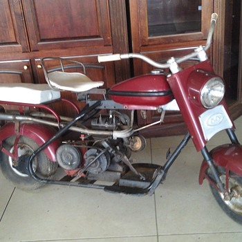 1962 Cushman Iron Eagle  - Motorcycles