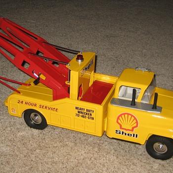 Big Heavy-Duty Dual-Boom SHELL Tow Truck Wrecker. - Model Cars
