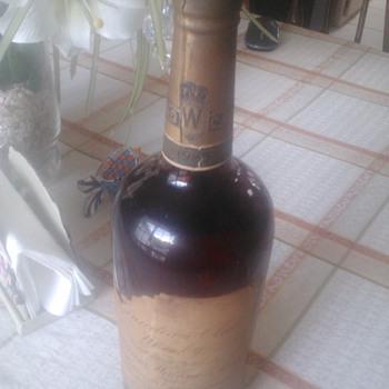 1925 Canadian Club distilled by Hiram Walker-sealed