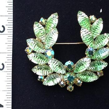 Costume Brooch  - Costume Jewelry