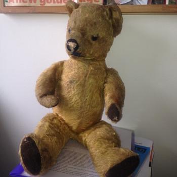 Pre-World War I teddy bear maker unknown?