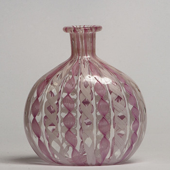 Zanfirico flask - Art Glass
