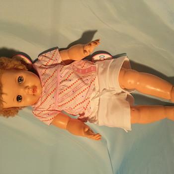 uneeda doll Baby Trix Dollikin wets and talks ? - Dolls